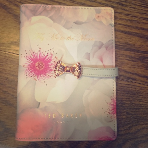 050844ee09b019 Ted Baker London travel document holder NWT